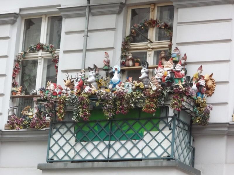 Balcone affollato