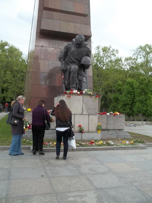Sowjetisches Ehrenmal)