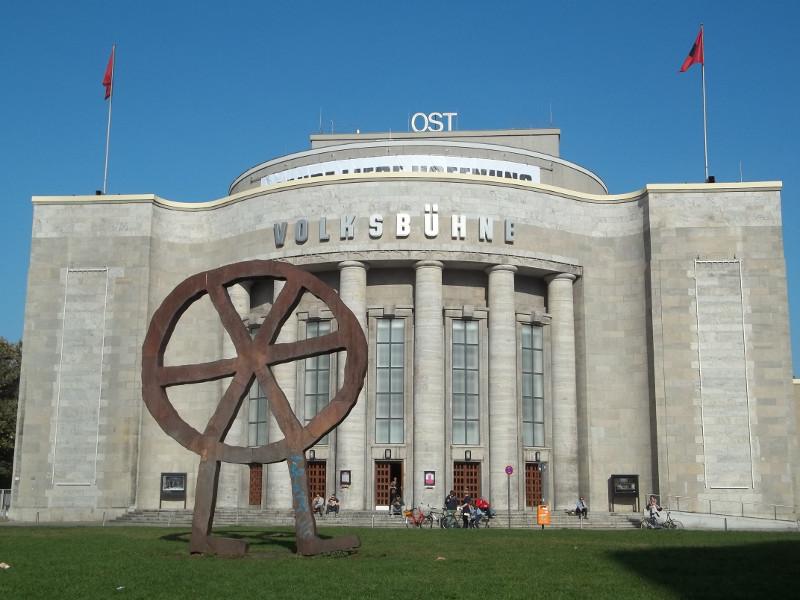 Volksbühne (Est)