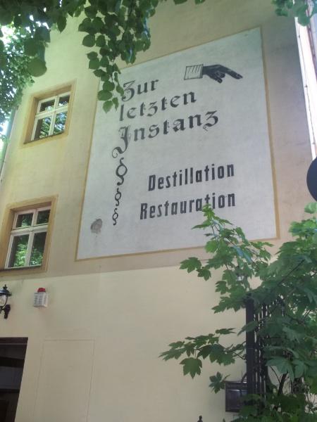 """""""Zur letzten Istanz"""""""