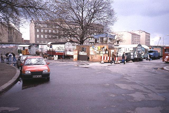 Baumhaus 1990 - Foto Roehrensee at German Wikipedia